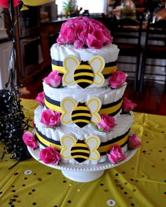 Ba'bee' Shower Week-  How to make a diaper cake.