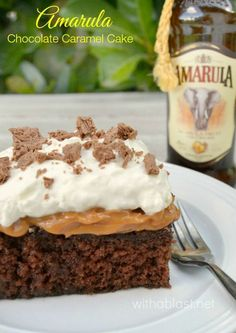 Divine, traditional South-African Amarula Chocolate Caramel Cake ~ rich, sweet, moist and a must-have dessert recipe ! Read More by WithABlast Easy Cake Recipes, Best Dessert Recipes, Cupcake Recipes, Easy Desserts, Baking Recipes, Delicious Desserts, Kos, Chocolate Caramel Cake, Chocolate Recipes