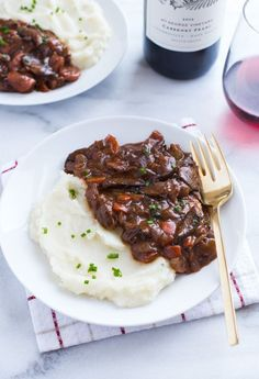 Vegan Mushroom Bourguignon- a warm and comforting meal perfect for chilly evenings! (gluten-free)