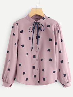 Shop Geometric Print Blouse at ROMWE, discover more fashion styles online. Stylish Dress Designs, Stylish Dresses, Trendy Outfits, Kurta Designs, Blouse Designs, Girls Fashion Clothes, Fashion Outfits, Blouses For Women, Korean Fashion
