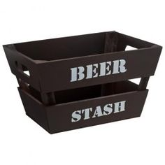 599b8f620682 This wooden beer crate can fit up to six bottles of beer and makes for an