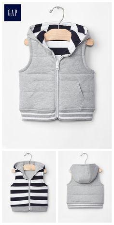 Reversible hoodie vest