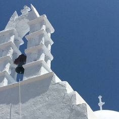 A lovely church in Santorini island, Cyclades, Greece. - Selected by www.oiamansion.com