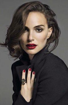Natalie Portman                                                       …