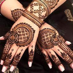 Simple Bridal Mehndi Designs For Hands: Mehndi is a beautiful and ancient tradition in the subcontinent. Beautiful mehndi design has been a craze among ladies from every age group. Without beautiful mehndi design, any Festival seems incomplete.