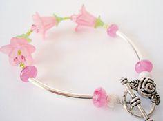 light pink flower bracelet