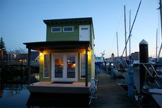 Sweet Pea: A Tiny Green Houseboat Jetson Green