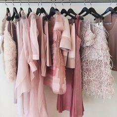 Pantone Rose Quartz Verao 2016 Rose Quartz nail color wraps find your signature style at Jamberry Nails Deco Rose, Rose Quarts, Rose Quartz Serenity, Girly, Dress Vestidos, Pink Quartz, Everything Pink, Pink Aesthetic, Pantone Color