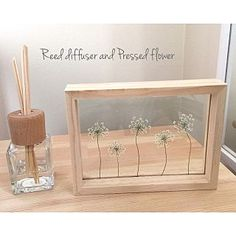 Handmade Home Decor Handmade Home Decor, Diy Home Decor, Drawing Room Setting, Fun Crafts, Diy And Crafts, Pressed Flower Art, Diy Art Projects, Easy Christmas Crafts, Flower Frame