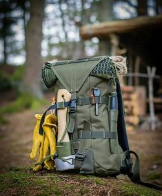 Bug Out Bag List – Weprepper – Bug Out Bag List 15 items for the ultimate… – jamar phelps 052 – bushcraft camping Bushcraft Camping, Bushcraft Backpack, Bushcraft Skills, Bushcraft Gear, Survival Backpack, Camping Survival, Survival Gear, Backpack Camping, Wilderness Survival