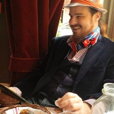 Lunch with the venerable Mr. Rhys last Spring at The Dandelion, Philly. 2014 #lunch #theladieswholunch #Realhousewivesofphiladelphia #TheDandelion #Philadelphia #Philly #igers_philly #fedora #ascot #beardedgays #beardlife #friends #Spring #Springtime #Rittenhousesquare #Rittenhouseneighborhood #Rittenhouse #centercitylife