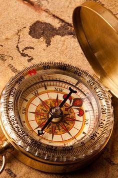 Vintage Compass Closeup #iPhone #4s #wallpaper