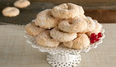 Anise Wine Cookies ~ These Italian cookies flavoured with anise are like crunchy sugar cookies. They are a delicious treat with a cup of coffee or a glass of wine.