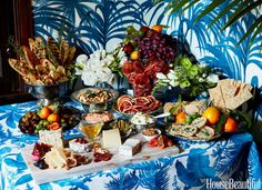"""Lulu Powers' Overflowing Tablescape Is All About """"More Is More"""""""