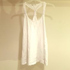 Forever 21 white halter (S /M) Comfortable white halter. Loose relaxed look. Worn once. Needs a new home! Happy to Bundle! Tops