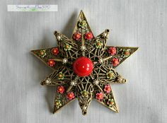 Vintage, beautiful, red and white bead, gold tone, and floral beads too, star brooch/pin.  Don't miss out. by SomethingElse570 on Etsy