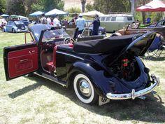 Eddie Leon, San Diego, California, U.S.A. Member of Mexican Volks club Tijuana. His 1955 VW Vert RHD with rare 1100 cc dual Carbs, Okrasa Style.
