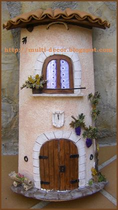 23 Clever DIY Christmas Decoration Ideas By Crafty Panda Tile Crafts, Craft Stick Crafts, Clay Crafts, Arts And Crafts, Clay Houses, Ceramic Houses, Miniature Houses, Clay Wall Art, Clay Art