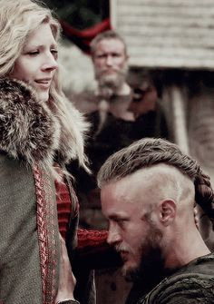 VIKINGS : queen-of-ashes: You have made me a happy man.