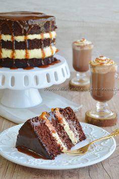 Bolo de chocolate com caramelo e Café com caramelo