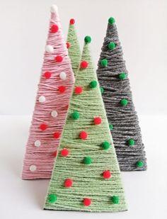 Karton és fonal - rusztikus karácsonyfa egyszerűen - Mom With Five Triangle, Diy, Paper Board, Bricolage, Do It Yourself, Homemade, Diys, Crafting