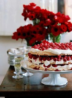 What's an Australian Christmas menu without a Pav?....... Also found on my board 'Trifles, Pavlovas & Deserts'.... CG :)