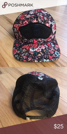 06111f41027e I just added this listing on Poshmark  Vans floral SnapBack NEW!