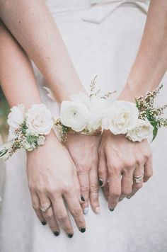 bridal corsage instead of a bouquet - brides of adelaide