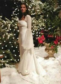 Days Hope in her wedding dress to wed Bo