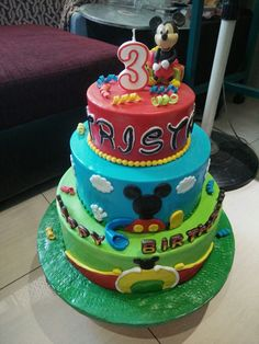 mickey mouse themed cake for tristan #mickey #mickeymouse #mickeycake #clubhousemickey #disney #cakes #cake