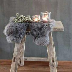 accessories in a rural interior - Werelds Wonen Magazine - Deko - decoration