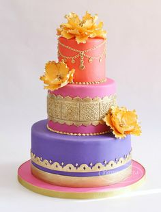Here is the cake I delivered over the weekend. A Moroccan themed cake for a baby shower! I was so excited to design this cake, after I saw the. Gorgeous Cakes, Pretty Cakes, Cute Cakes, Amazing Cakes, Indian Cake, Indian Wedding Cakes, Indian Weddings, Indian Theme, Cake Wedding