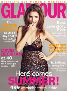 Anna Kendrick covers Glamour m. is listed (or ranked) 3 on the list The Most Beautiful Anna Kendrick Pictures Ever V Magazine, Glamour Magazine Uk, Glamour Uk, Fashion Magazine Cover, Magazine Covers, Magazine Photos, Glamour Beauty, Anna Kendrick Pictures, Pictures Of Anna