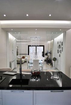 Sfoglia le immagini di Cucina in stile in stile Moderno di MoLo house. Lasciati ispirare dalle nostre immagini per trovare l'idea perfetta per la tua casa.
