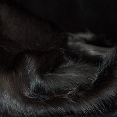 zwart langharig imitatie bont
