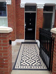 red brick edwardian wall with stone cap Victorian Hallway Tiles, Victorian Mosaic Tile, Victorian Front Garden, Victorian Terrace House, Victorian Front Doors, Front Garden Path, Front Path, Garden Design London, London Garden