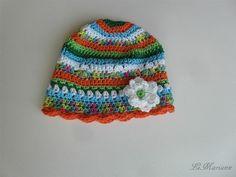Baby Sommermütze, gehäkelt aus 100% Deutscher Qualitätswolle Baumwolle, vegan mit Blümchen-Applikation für Mädchen von LiMariann auf Etsy