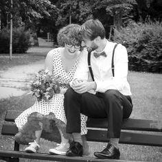 Fotoeditoriál: Svatební focení - Novinky - PoshMe - e-shop se vším, o čem ženy sní Retro, Couple Photos, Couples, Wedding, Couple Shots, Valentines Day Weddings, Rustic, Couple, Weddings