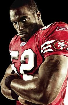 Patrick Willis My favorite player on the Niners roster. Nfl 49ers, 49ers Fans, Nfl Football, American Football, 49ers Players, Patrick Willis, Nfl History, Fantasy Football, San Francisco Giants