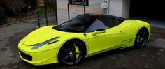 Ferrari 458 Tron Wrap Is a Bit like Porsche's Acid Green – automotive99.com