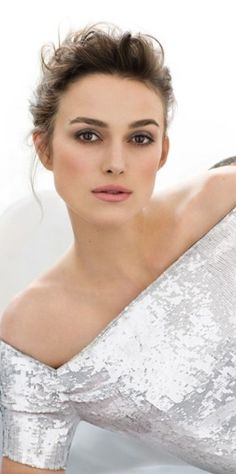 Keira Knightley photographed by James White for Marie Claire France, December Bride Makeup, Wedding Hair And Makeup, Hair Makeup, Soft Makeup, Pretty Makeup, Eye Makeup, Keira Christina Knightley, Actrices Hollywood, Romy Schneider
