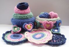 Hearts etc. - This pattern is available as a free Ravelry download. This pattern has a bit of everything. There are small crochet hearts which can be stuffed or used as decorations. Then there are the bowls, decorated with surface chain stitch or simple weaving, which come in various sizes. Oh, and there are a few crochet coasters too. Thanks so for share xox
