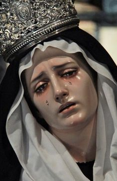 Heaven or Hell- Our Lady of Sorrows Blessed Mother Mary, Blessed Virgin Mary, Angel Aesthetic, Aesthetic Art, Religious Images, Religious Art, Our Lady Of Sorrows, Mama Mary, Holy Mary