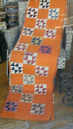 Old Quilts, Antique Quilts, Scrappy Quilts, Vintage Quilts, Triangles, Quilting Projects, Quilting Ideas, Orange Quilt, Two Color Quilts