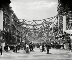 Picturing England: photographs of English life Diamond Jubilee decorations, St James's Street, London 1897 Uk History, British History, Birmingham Library, Images Of England, London Boroughs, Victorian London, Saint James, London Photos, London Street