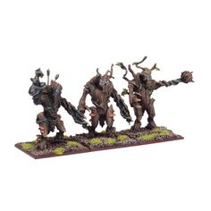 This set contains 3 multi-part metal Forest Shambler miniatures, including: - Poseable Joints - 40mm Bases - Mantic Point Unit Type: Unit Models supplied unassembled and unpainted.