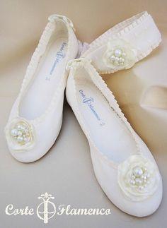 zapatos para comunion niña, con tocado a juego, mas informacion en info@corteflamenco.com