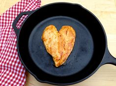 LOVE this simple chicken presentation by The Fountain Avenue Kitchen. Perfect for Valentine's Day!