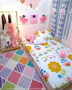 [New] The Best Home Decor (with Pictures) These are the 10 best home decor today. According to home decor experts, the 10 all-time best home decor. Cute Bedroom Decor, Small Room Bedroom, Girls Bedroom, Kids Bedroom Furniture Design, Kids Bedroom Designs, Pinterest Room Decor, Ethnic Home Decor, Pink Room, Luxury Decor