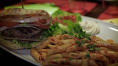 restaurant chaleureux et coloré en plats  bon pas cher mérite votre visite